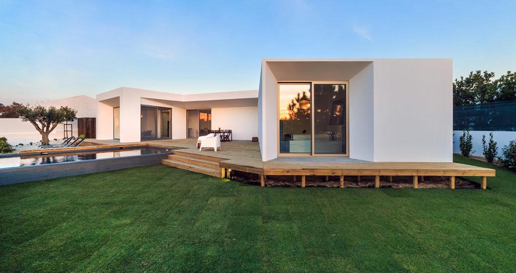 Czas budowy domu jest nie tylko wyjątkowy ale również ogromnie niełatwy.